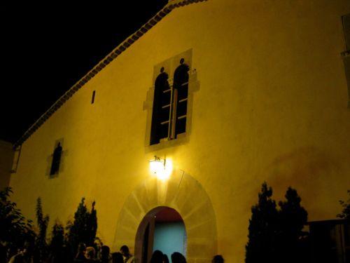 Foto de la fachada de la masia