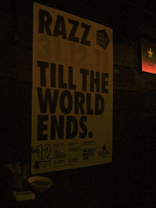 Cartel de Razz Till the World Ends