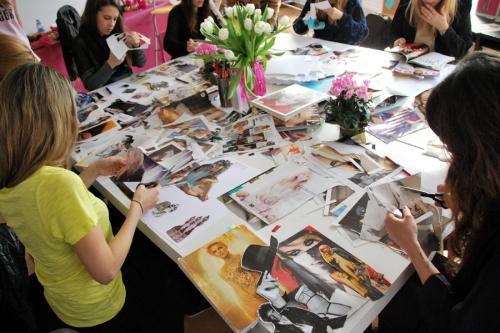 Las bloggers haciendo sus MoodBoards