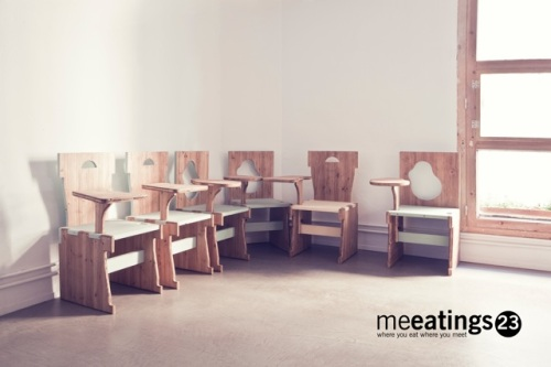 Sala de cursos con sillas