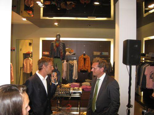 El País entrevista a Jenson Button en la fiesta de Hugo Boss by Ànima