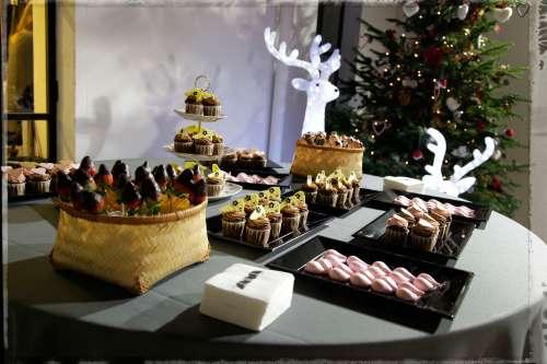 Mesa de dulces by Ànima catering en Brandy Melville